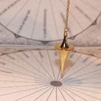 Pendelkurs mit Kristallpendel